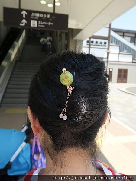 朋友的妝髮
