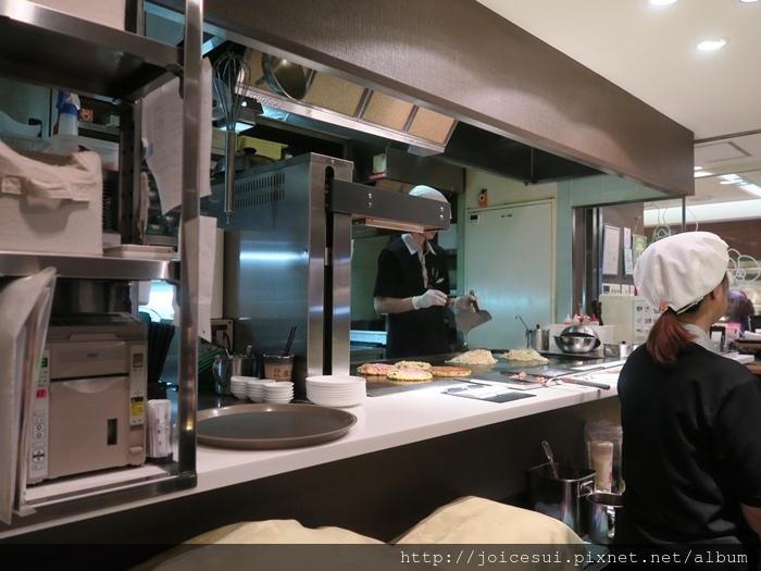 也算滿透明的廚房區