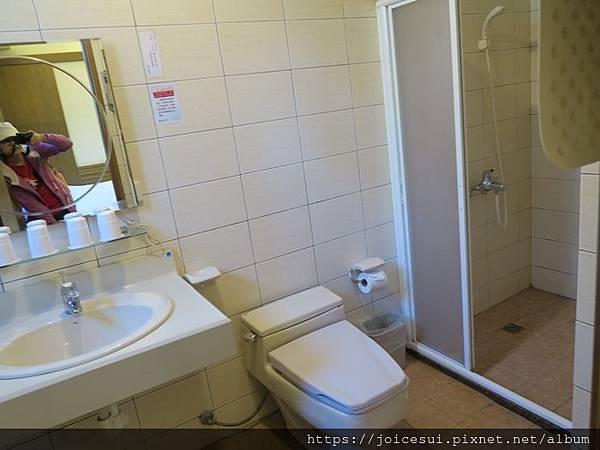 頗大的浴室
