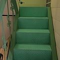 很小的鐵樓梯
