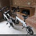 有電動腳踏車可租借