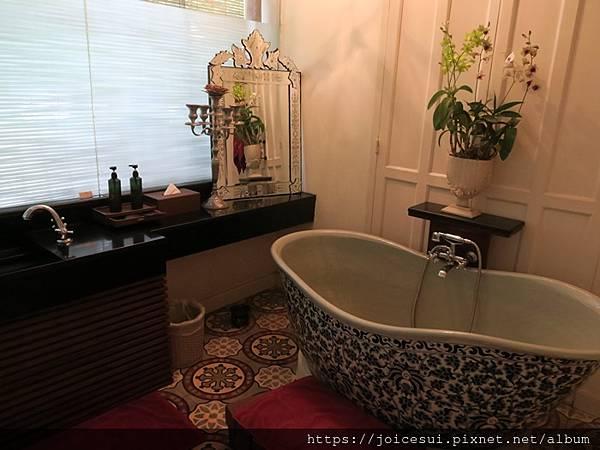 每間按摩房都有獨立的浴室