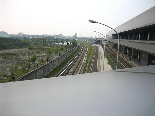 往機房的鐵軌