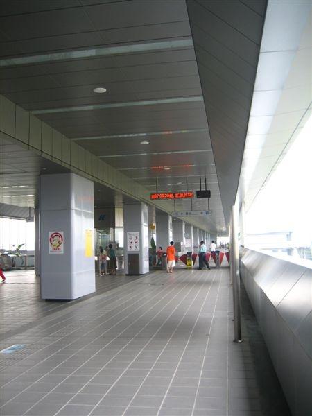 大寮站月台