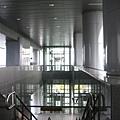 大寮站由二樓往下拍
