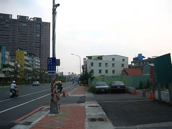 鳳山國中站停車場