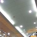 文化中心站淡藍色天花板