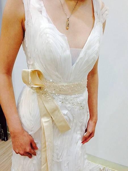 單租白紗/單租禮服/禮服出租/租婚紗-推薦伊頓自助婚紗工作室