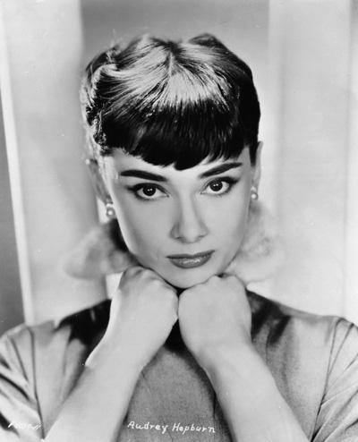 Audrey-Hepburn-audrey-hepburn-21766967-1300-1604
