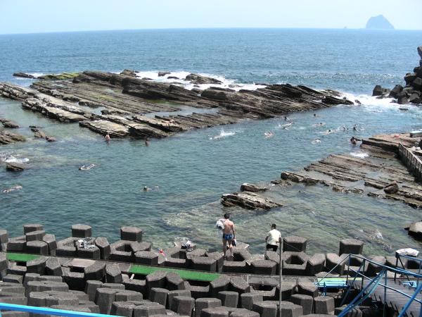 海興游泳池