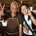 人很NICE 會講中文.日文.柬埔寨文.的中國老闆