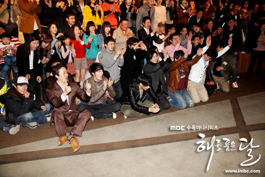 《擁抱太陽的月亮》劇組慶功宴-19