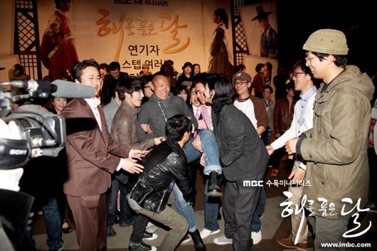 《擁抱太陽的月亮》劇組慶功宴-20
