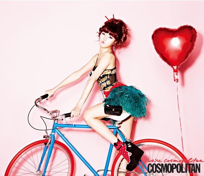 4Minute泫雅_cosmopolitan_201212_1.jpg