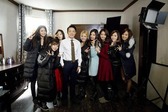 少女時代探班《總理和我》片場為潤娥打氣