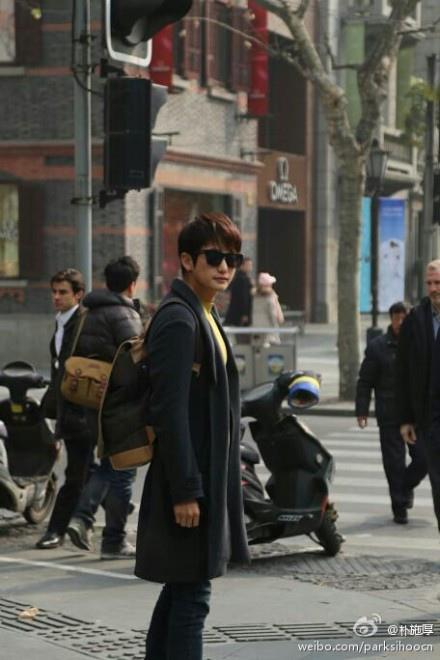 朴施厚公開近況 結束《香氣》中國戲份_2