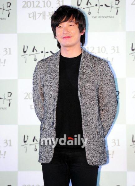 韓星曹承佑加盟SBS新劇《神的禮物-14天》