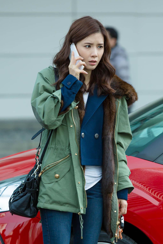 李寶英《神的禮物-14天》同款外套售價400萬韓幣 _1
