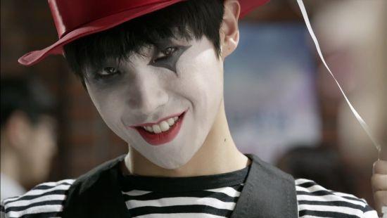 《岬童夷》李準化小丑妝露陰森笑容_2