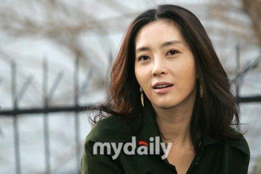 韓女星宋允兒擔任MBC新劇《媽媽》主演