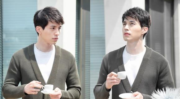 「Hotel King」李棟旭,變身溫柔男「悠然的喝著咖啡」