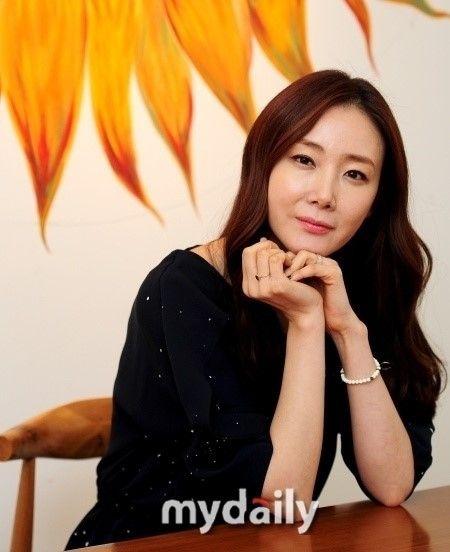 崔智友有望攜手權相宇出演新劇《誘惑》