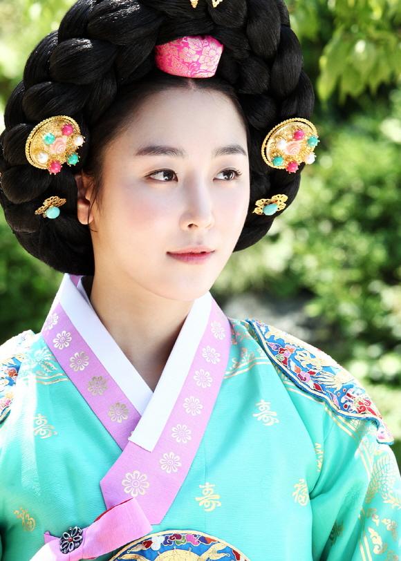 「三劍客」徐賢真,魅力四射不得不為她著迷