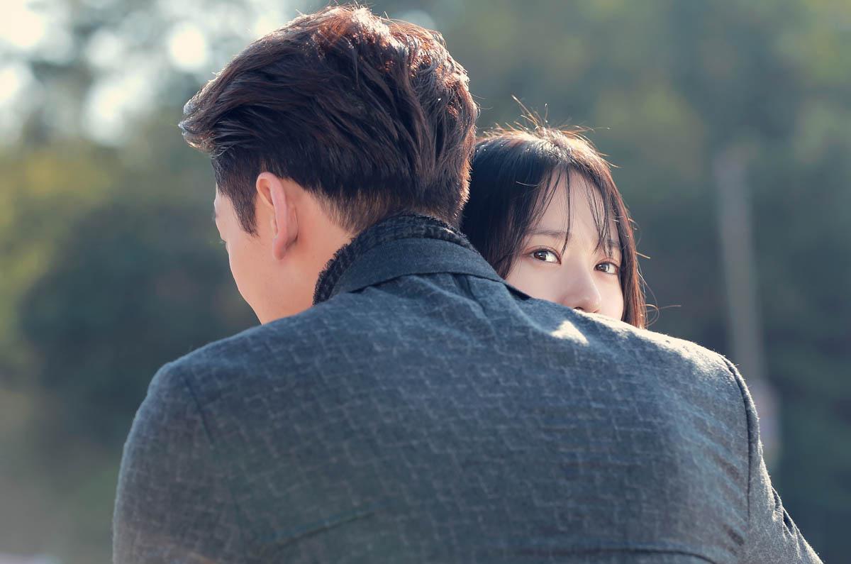 《對我而言可愛的她》曝劇照 Rain深情擁抱Krystal _3