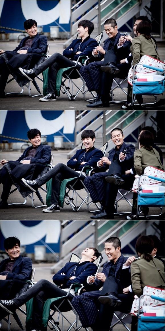 「壞小子們」朴海鎮,殺青戲拍攝現場直擊 「和氣融融」