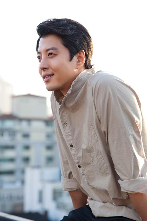 李東健時隔1年零3個月攜電視劇「Super Daddy烈」回歸