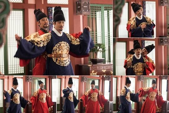 「王的面孔」徐仁國,李成宰組成「MC景福宮」現場手舞足蹈