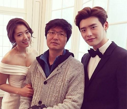 《Pinocchio》朴信惠、李鍾碩 完美婚禮照再現