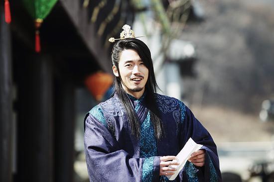 韓劇《閃耀或瘋狂》獨領收視穩居同檔第一