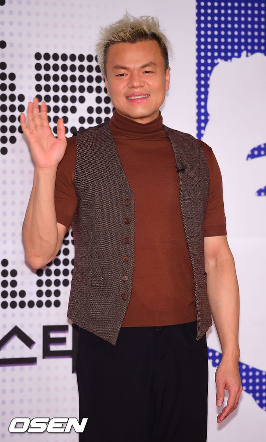 JYP朴振榮客串《製作人》 攜旗下藝人本色出演