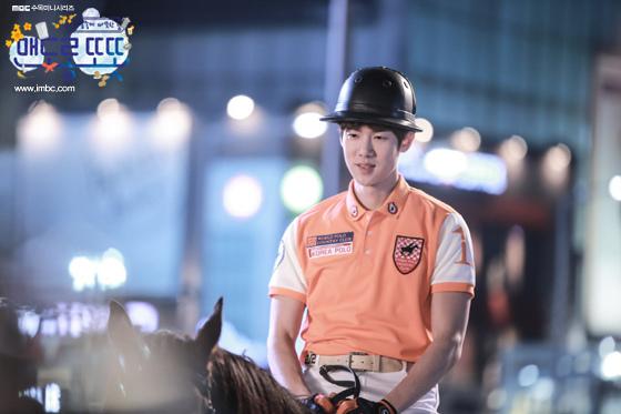 《心情好又暖》劉演錫展示馬技 帥氣造型奪眼球_1