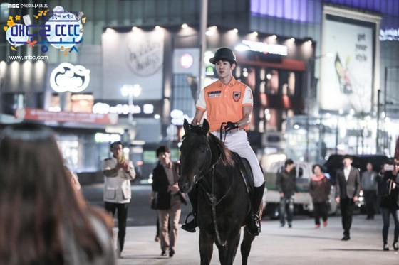 《心情好又暖》劉演錫展示馬技 帥氣造型奪眼球_2