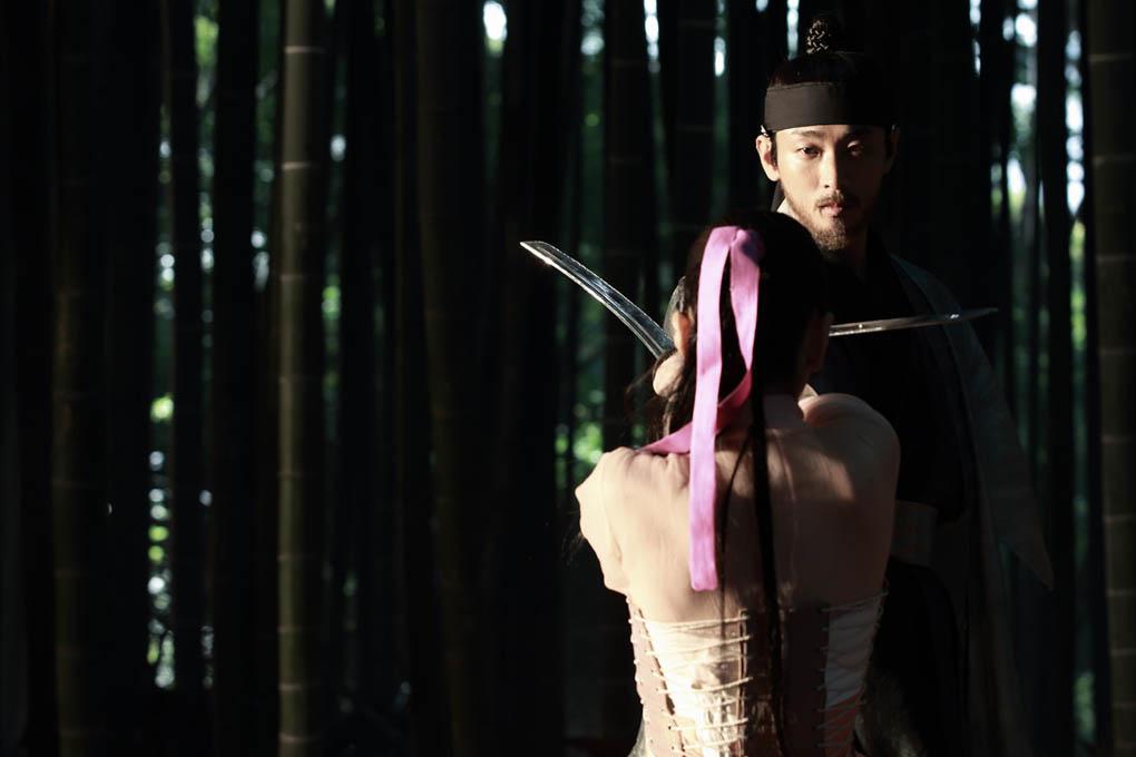 《奸臣》朱智勳金康宇林智妍為拍戲刻苦學習舞蹈劍術 _朱智勳