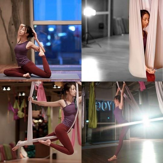 朴河宣曬練習瑜伽照 姿態優雅身材緊緻