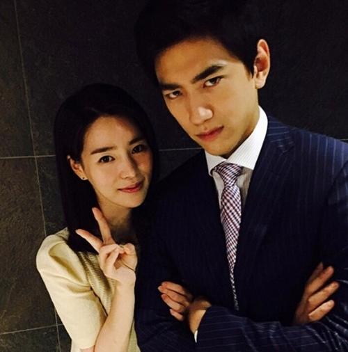 《上流社會》林智妍盛駿親密合影 俊男美女奪視線