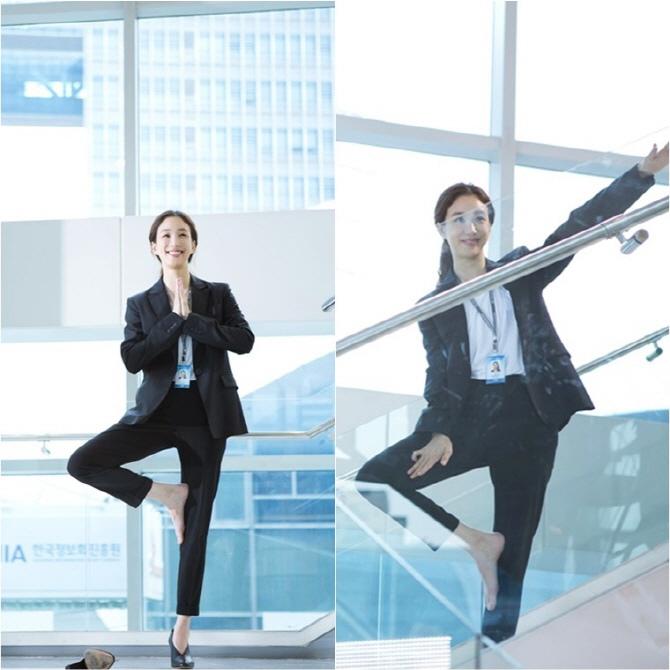 《泡泡糖》鄭麗媛現場秀瑜伽 穿高跟鞋完成高難動作