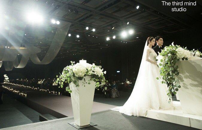 韓可露大曬婚禮照 新郎顏正溫文爾雅_1
