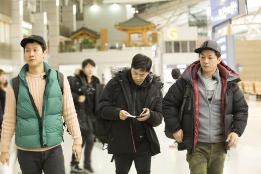 《花樣青春》鄭宇回應成員穿統一服裝 稱沒換洗衣服