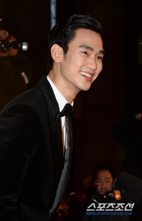 金秀賢獲KBS演技大獎 成歷屆年齡最小獲獎者
