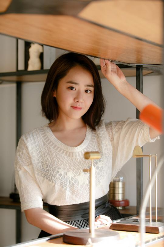 文瑾瑩13年捐款9億 獲稱「善行天使」