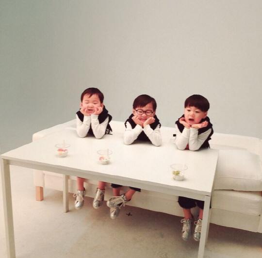 大韓民國萬歲廣告現場照公開 可愛魅力四射