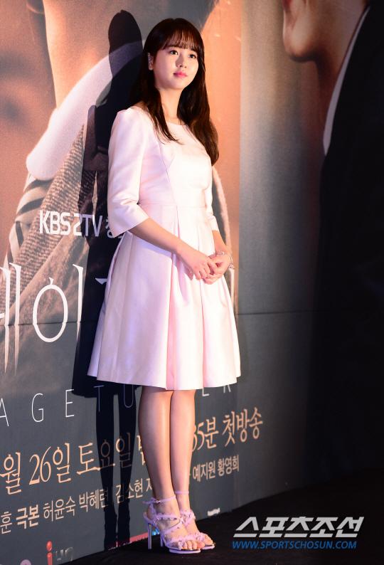 《Page Turner》金所炫挑戰高冷演技 稱劇中母女矛盾引共鳴