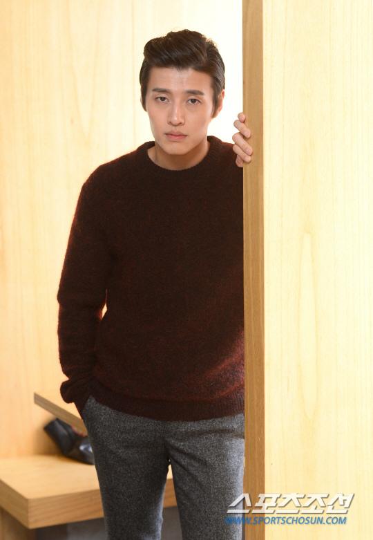 姜河那接拍MBC新劇 首次擔綱男一號