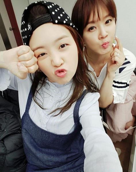 「美女孔心」瑉雅 公開和吳賢慶的合照「 姐姐很美」