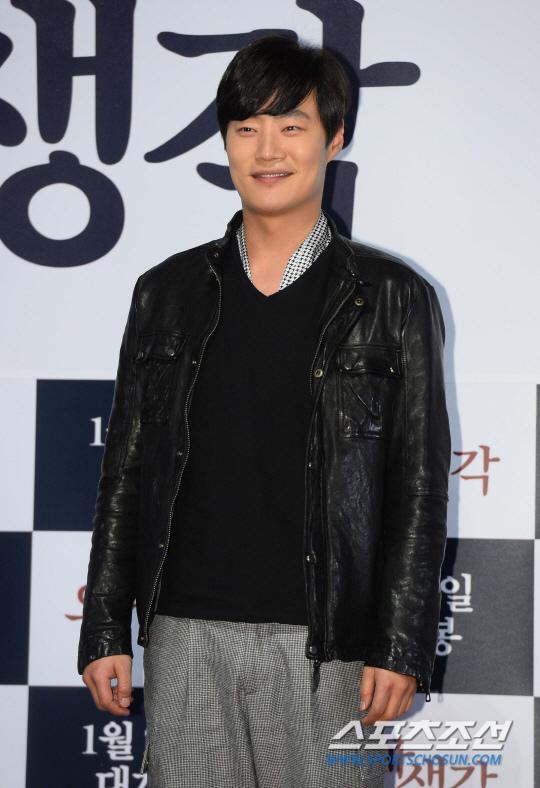 李熙俊加盟《藍色海洋的傳說》 與李敏鎬搭檔