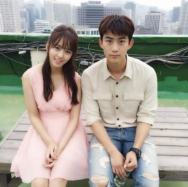 金所炫SNS曬與玉澤演合照 新劇今晚繼續播出